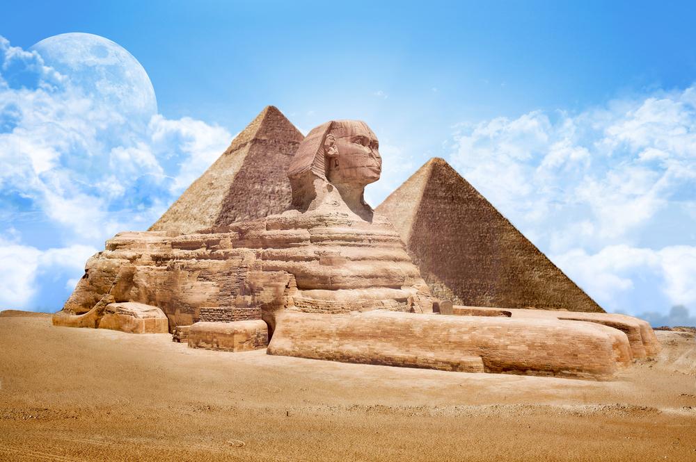 2-pyramids_sphinx
